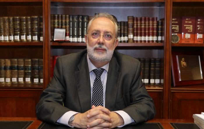 foto-del-decano-abogados-elche-1-1024x683